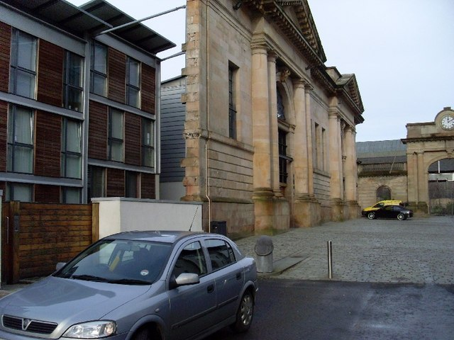 Behind_the_facade_of_an_old_building_-_geograph.org.uk_-_663540.jpg